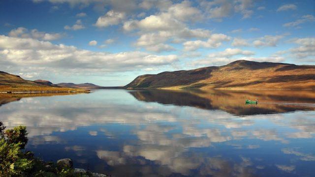 Loch Loyal © Frogwell.com